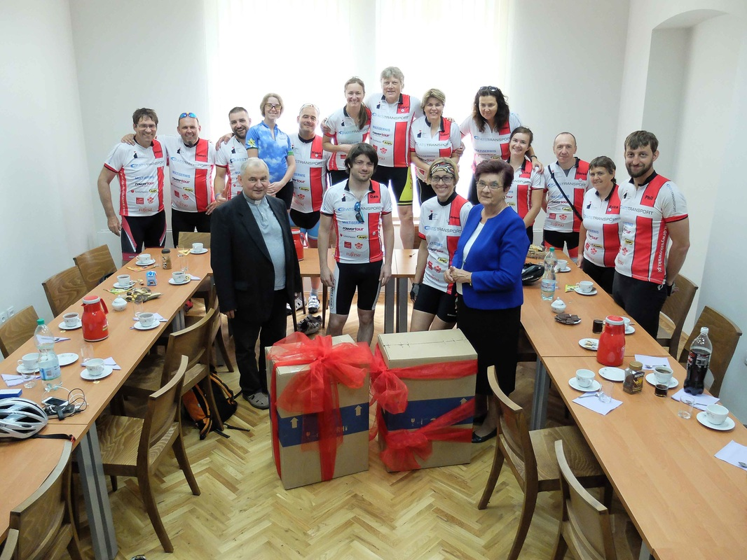 Cycle Poland charity bike ride provides equipment for Zywiec hospice
