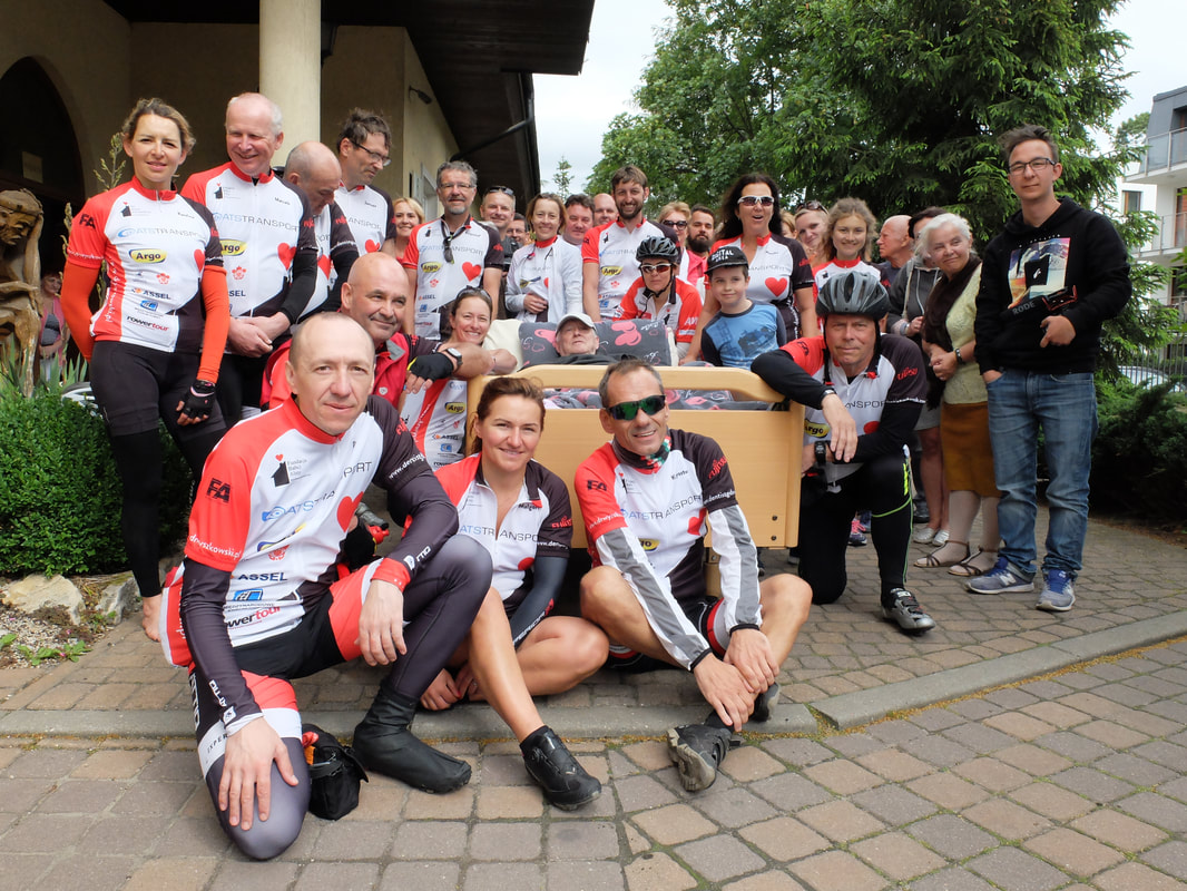 Cycle Poland 2017 with patients and staff of the Gdansk hospice